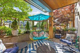 """Photo 14: 214 733 W 14TH Street in North Vancouver: Mosquito Creek Condo for sale in """"Remix"""" : MLS®# R2585098"""
