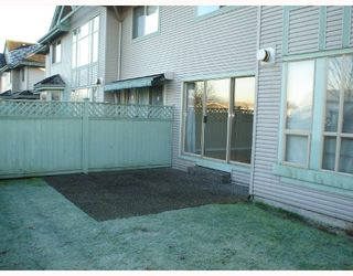 Photo 2: 18 1255 RIVERSIDE Drive in Port_Coquitlam: Riverwood Townhouse for sale (Port Coquitlam)  : MLS®# V681558