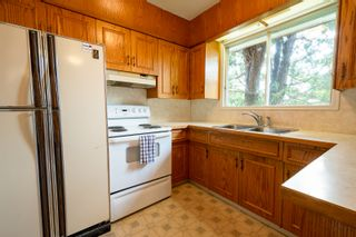 Photo 3: 45 East Road in Portage la Prairie RM: House for sale : MLS®# 202113971