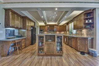 Photo 8: 7901 155A Street in Surrey: Fleetwood Tynehead House for sale : MLS®# R2611912