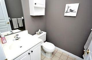 Photo 7: 08 200 E Burnhamthorpe Road in Mississauga: Mississauga Valleys Condo for sale : MLS®# W2560761