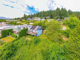 Photo 13: 940 IOCO Road in Port Moody: Barber Street House for sale : MLS®# R2607344