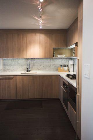 Photo 5: 807 13750 100 Avenue in Surrey: Whalley Condo for sale (North Surrey)  : MLS®# R2557475