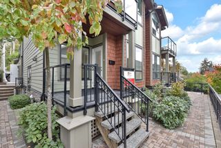 Photo 2: 1430 BEWICKE Avenue in North Vancouver: Central Lonsdale 1/2 Duplex for sale : MLS®# R2625651