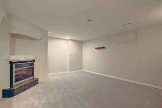 Photo 26: 77 123 Queensland Drive SE in Calgary: Queensland Row/Townhouse for sale : MLS®# A1145434