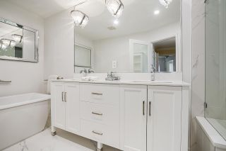 """Photo 17: 19 8555 209 Street in Langley: Walnut Grove Townhouse for sale in """"AUTUMNWOOD"""" : MLS®# R2575003"""