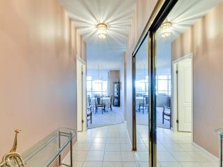 """Photo 2: 903 6888 STATION HILL Drive in Burnaby: South Slope Condo for sale in """"SAVOY CARLTON"""" (Burnaby South)  : MLS®# R2336364"""