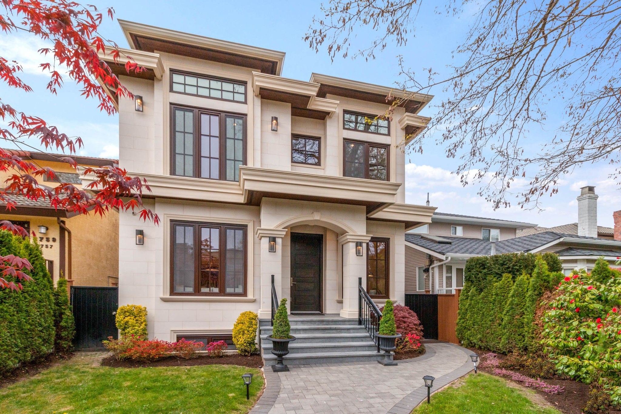 Main Photo: 3739 W 24TH Avenue in Vancouver: Dunbar House for sale (Vancouver West)  : MLS®# R2573039