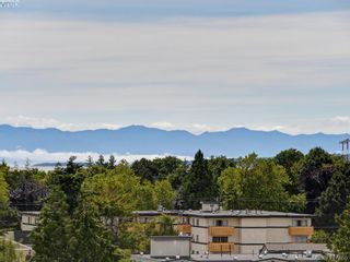 Photo 3: 701 500 Oswego St in VICTORIA: Vi James Bay Condo for sale (Victoria)  : MLS®# 828148