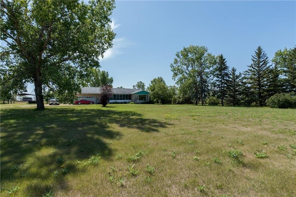 Photo 18: Photos: 6040 PTH 2 . Highway in Oak Bluff: RM of MacDonald Residential for sale (R08)  : MLS®# 202021001