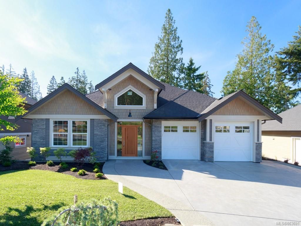 Main Photo: 2136 Champions Way in : La Bear Mountain House for sale (Langford)  : MLS®# 863691