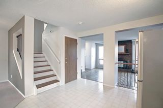 Photo 11: 36 Strathearn Crescent SW in Calgary: Strathcona Park Detached for sale : MLS®# A1152503