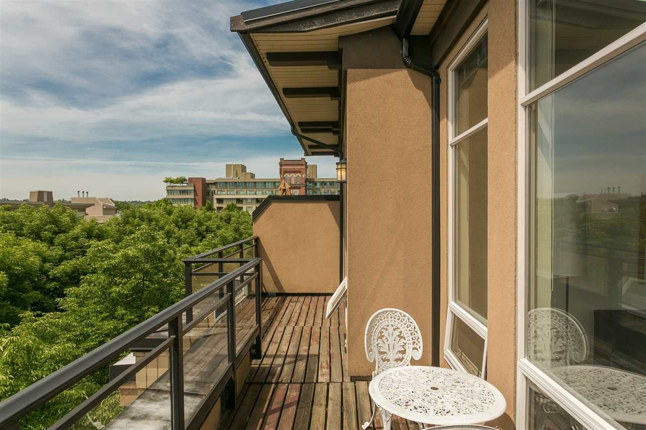 """Photo 17: Photos: 404 2175 SALAL Drive in Vancouver: Kitsilano Condo for sale in """"Savona"""" (Vancouver West)  : MLS®# R2397465"""