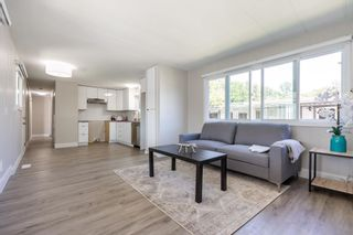 """Photo 8: 119 1840 160 Street in Surrey: King George Corridor Manufactured Home for sale in """"Breakaway Bays"""" (South Surrey White Rock)  : MLS®# R2598312"""