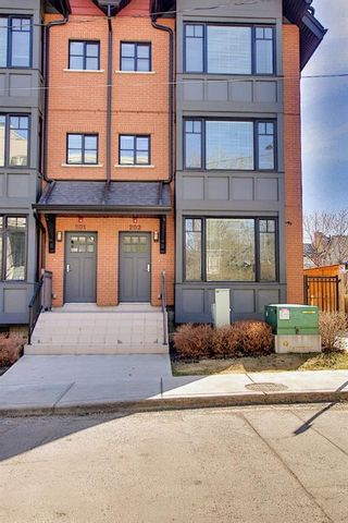 Photo 1: 202 1818 14A Street SW in Calgary: Bankview Row/Townhouse for sale : MLS®# A1115942