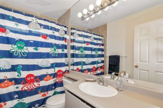 Photo 16: 24 888 W 16 STREET in North Vancouver: Mosquito Creek Townhouse for sale : MLS®# R2472821