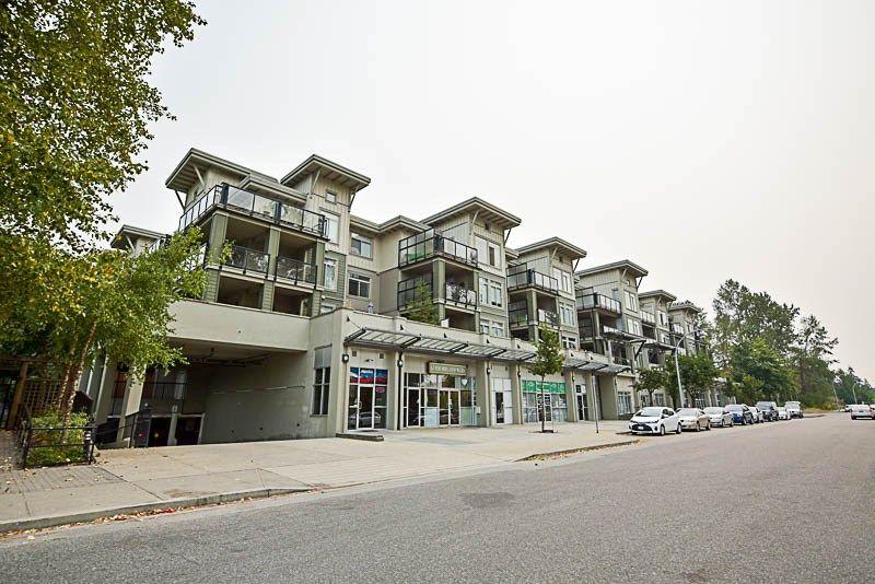 Main Photo: 116 10180 153 Street in Surrey: Guildford Condo for sale (North Surrey)  : MLS®# R2202234