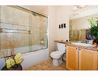 """Photo 5: 29 638 W 6TH Avenue in Vancouver: Fairview VW Townhouse for sale in """"STELLA DEL FIORDO"""" (Vancouver West)  : MLS®# V663726"""