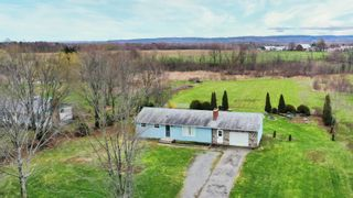 Photo 1: 4514 Brooklyn Street in Somerset: 404-Kings County Residential for sale (Annapolis Valley)  : MLS®# 202109976