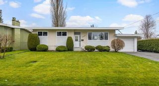 Photo 1: 46080 CAMROSE Avenue: House for sale in Chilliwack: MLS®# R2562668
