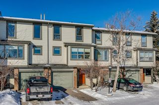 Photo 2: 39 185 Woodridge Drive SW in Calgary: Woodlands Row/Townhouse for sale : MLS®# A1069309