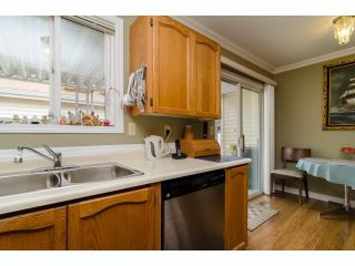 """Photo 11: 42 1400 164 Street in Surrey: King George Corridor House for sale in """"Gateway Gardens"""" (South Surrey White Rock)  : MLS®# F1419963"""