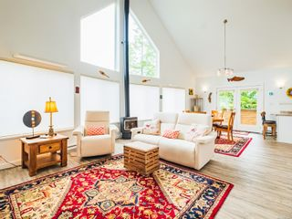 Photo 3: 635 Yew Wood Rd in : PA Tofino House for sale (Port Alberni)  : MLS®# 875485