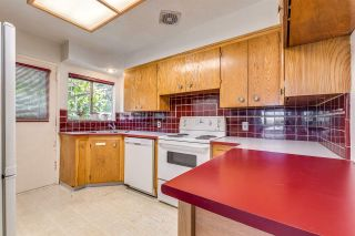 Photo 5: 969 GATENSBURY Street in Coquitlam: Harbour Chines House for sale : MLS®# R2413036