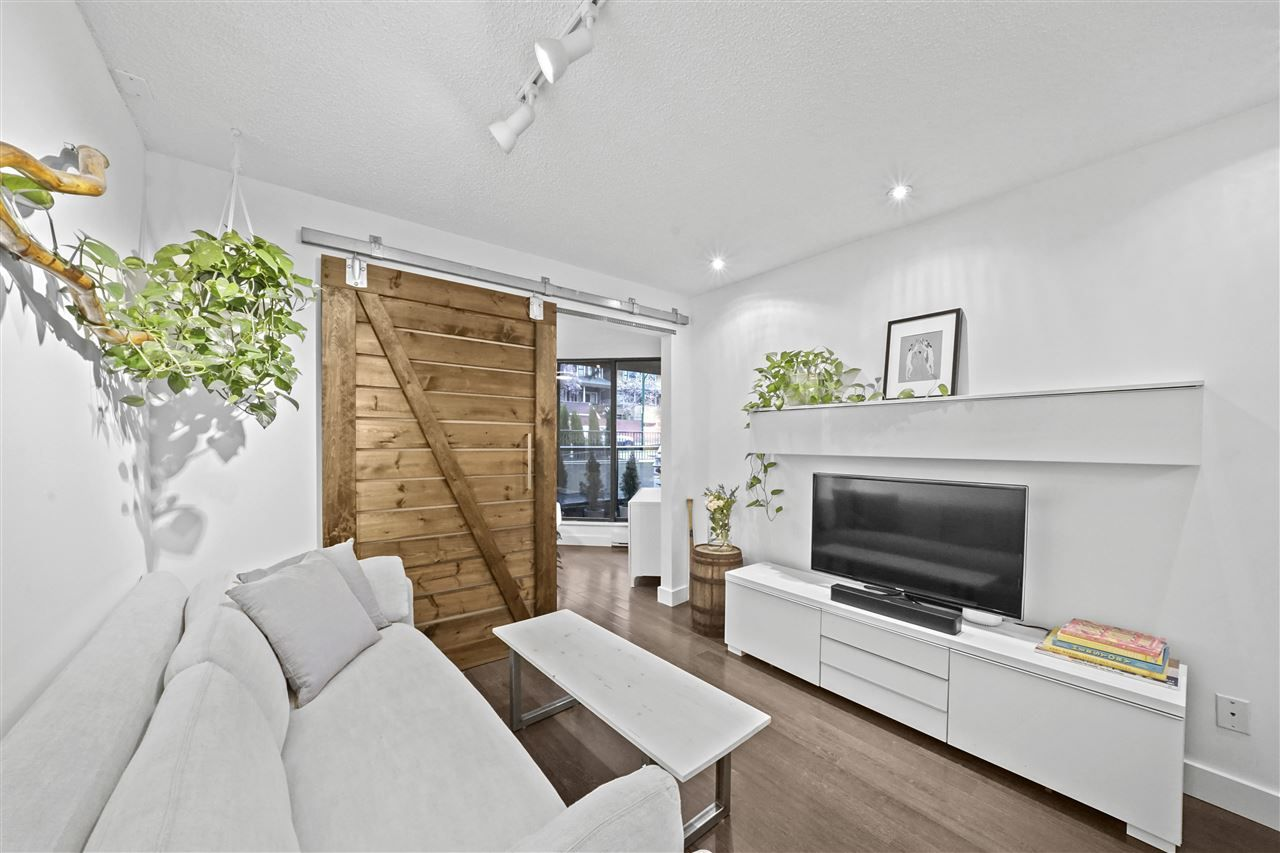 "Main Photo: 409 1040 PACIFIC Street in Vancouver: West End VW Condo for sale in ""Chelsea Terrace"" (Vancouver West)  : MLS®# R2534773"