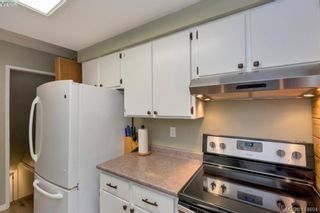 Photo 7: 415 Atkins Ave in VICTORIA: La Atkins Half Duplex for sale (Langford)  : MLS®# 822113