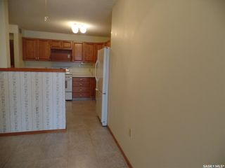 Photo 4: 203 62 24th Street in Battleford: Residential for sale : MLS®# SK866806