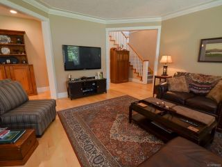 Photo 6: 564 Belyea Pl in QUALICUM BEACH: PQ Qualicum Beach House for sale (Parksville/Qualicum)  : MLS®# 788083