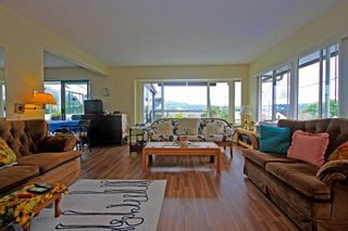 Photo 2: 2954 DOLLARTON Highway in North Vancouver: Home for sale : MLS®# V1077194