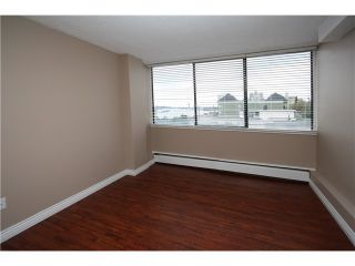 Photo 1: 501 31 ELLIOT Street in New Westminster: Downtown NW Condo for sale : MLS®# V980559