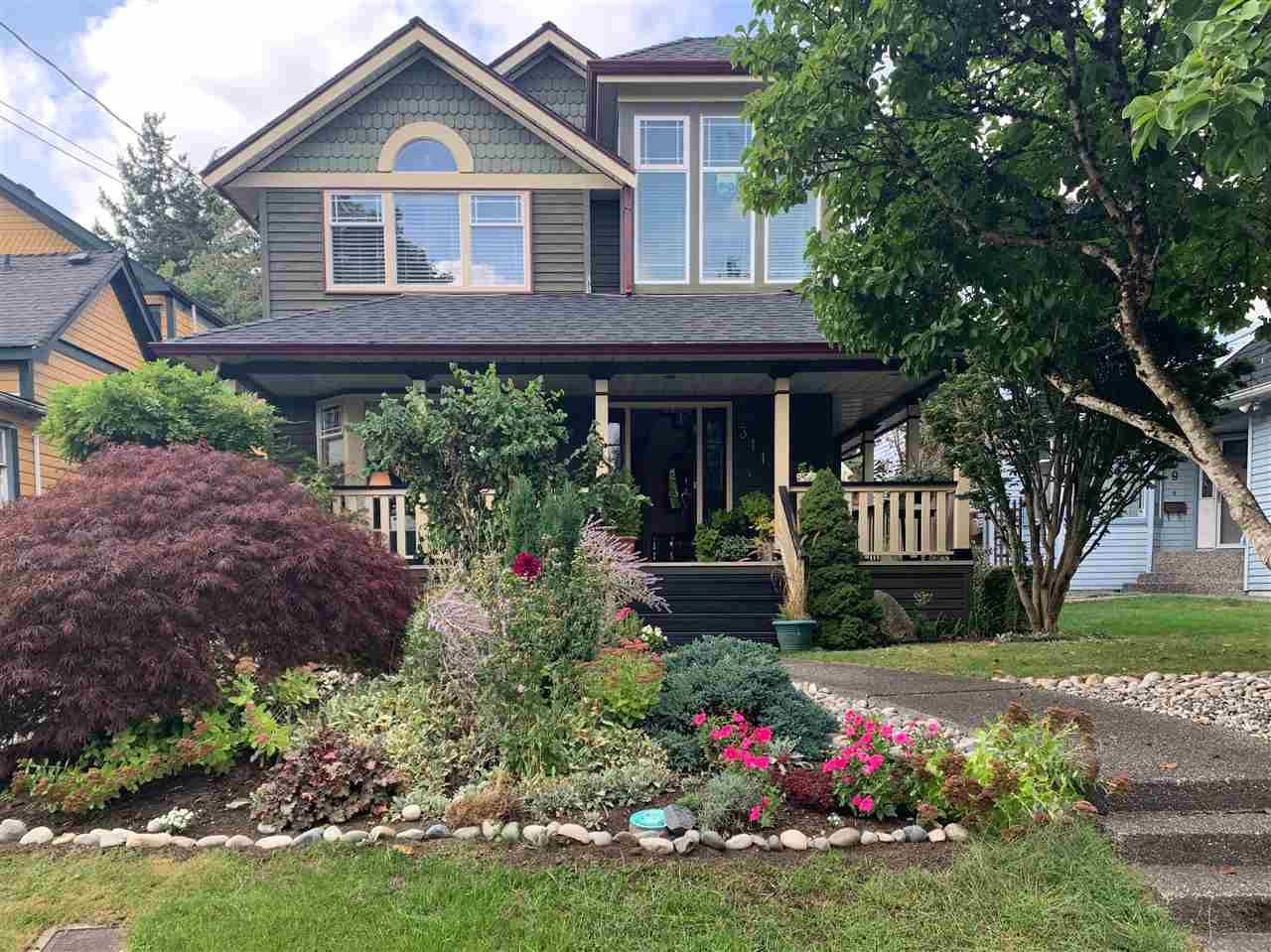 Main Photo: 311 LIVERPOOL Street in New Westminster: Queens Park House for sale : MLS®# R2504780