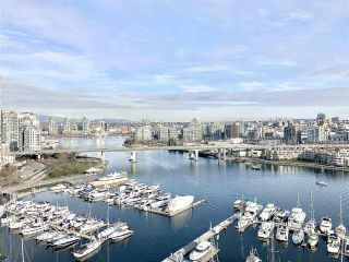 Main Photo: 2001 1228 MARINASIDE Crescent in Vancouver: Yaletown Condo for sale (Vancouver West)  : MLS®# R2550727