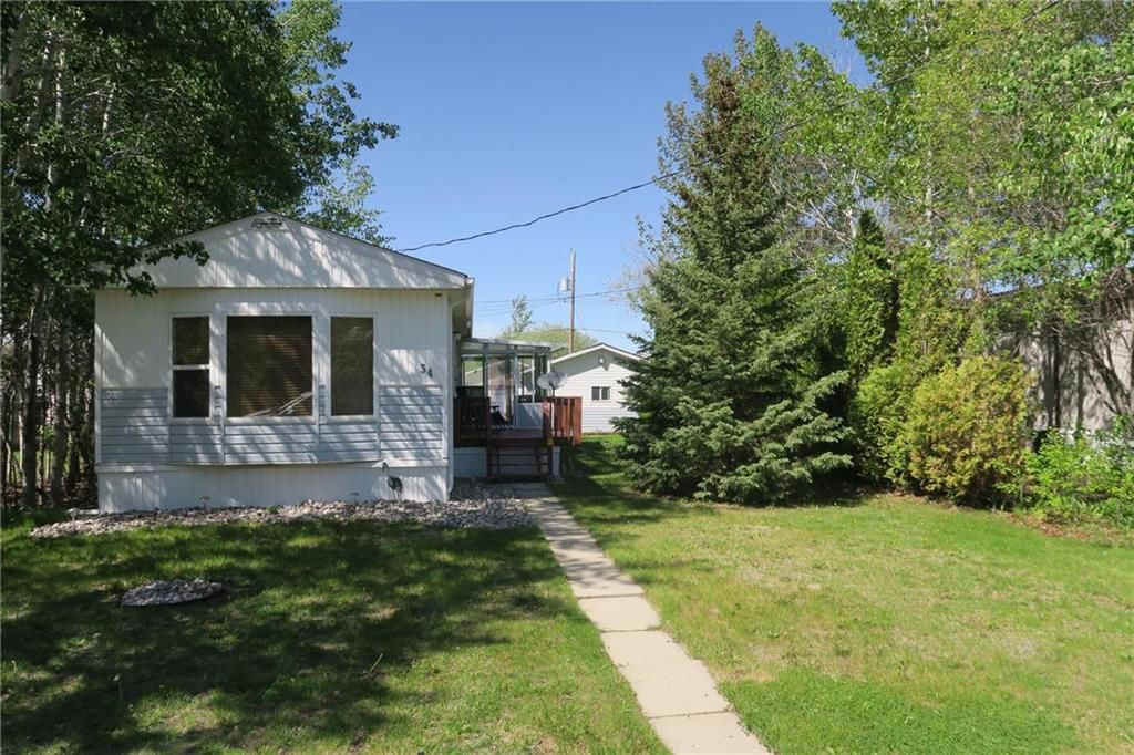 Main Photo: 34 Sunset Drive in Ste Anne: Paradise Village Residential for sale (R06)  : MLS®# 202012294