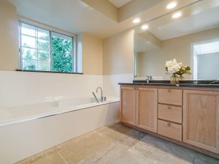 """Photo 22: 95 101 PARKSIDE Drive in Port Moody: Heritage Mountain Townhouse for sale in """"Treetops"""" : MLS®# R2494179"""