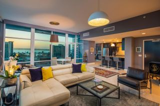 Photo 5: DOWNTOWN Condo for sale : 2 bedrooms : 1262 Kettner Blvd #904 in San Diego