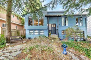 Photo 1: 2119 EDINBURGH Street in New Westminster: West End NW House for sale : MLS®# R2553184