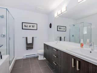 """Photo 11: 15 253 171 Street in Surrey: Pacific Douglas Townhouse for sale in """"Dawson Sawyer - On the Course"""" (South Surrey White Rock)  : MLS®# R2080159"""