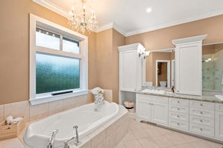 """Photo 17: 23107 80 Avenue in Langley: Fort Langley House for sale in """"Forest Knolls"""" : MLS®# R2623785"""
