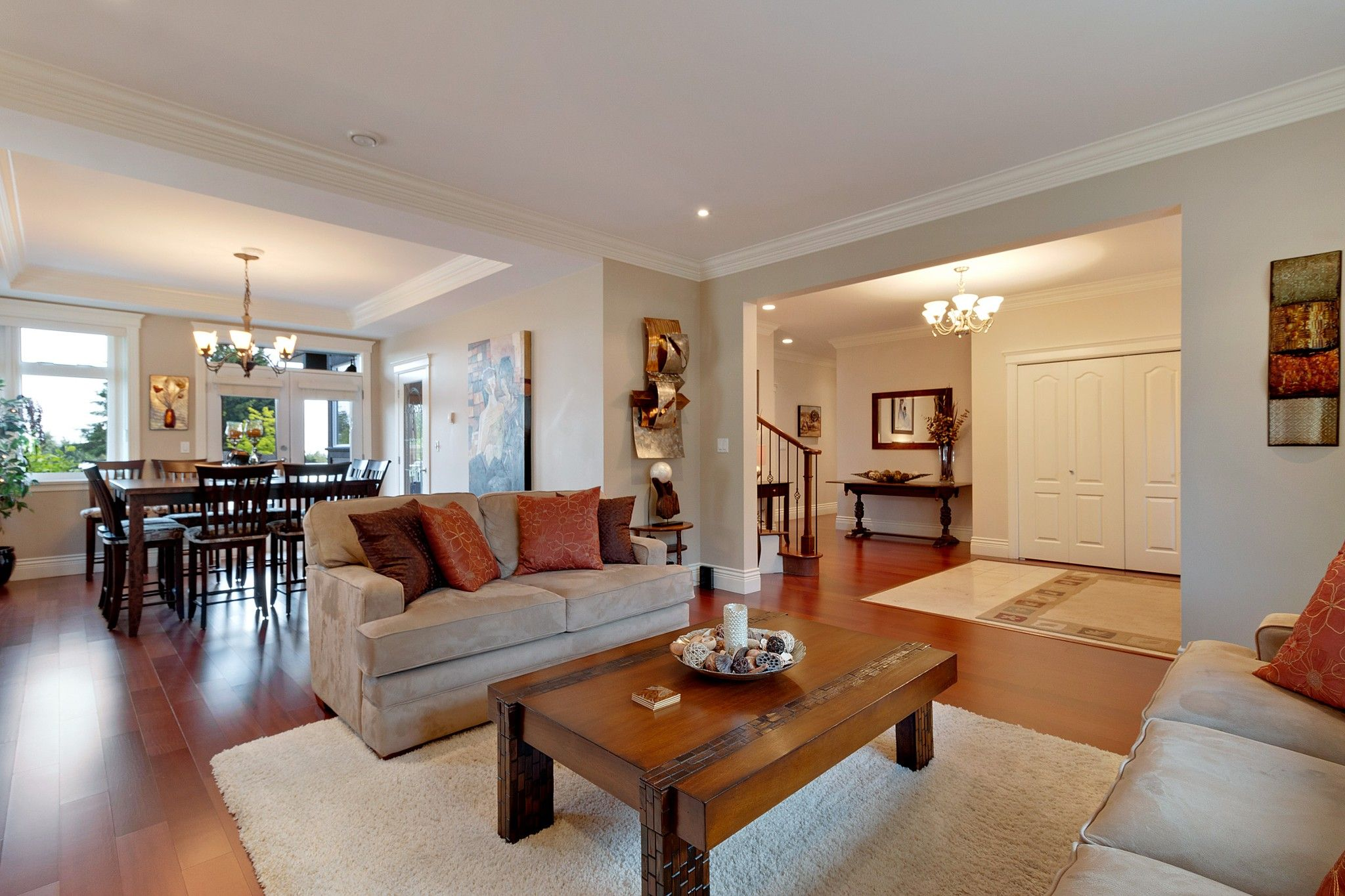 Photo 3: Photos: 1237 DYCK Road in North Vancouver: Lynn Valley House for sale : MLS®# R2374868