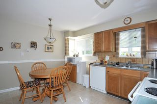 Photo 4: 22116 CANUCK Crescent in Maple Ridge: West Central House for sale : MLS®# R2061368