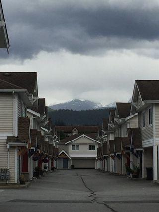 Photo 6: 46 1821 WILLOW CRESCENT in Squamish: Garibaldi Estates Townhouse for sale : MLS®# R2081102