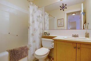 Photo 24: 45 Discovery Heights SW in Calgary: Discovery Ridge Row/Townhouse for sale : MLS®# A1109314