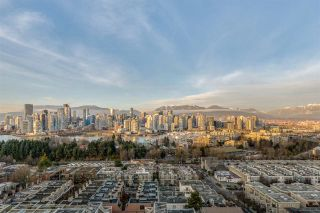 """Photo 4: 1601 2411 HEATHER Street in Vancouver: Fairview VW Condo for sale in """"700 WEST 8TH"""" (Vancouver West)  : MLS®# R2566720"""