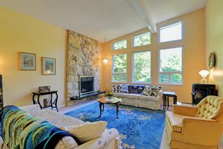 Photo 2: 4663 MCNAIR Place in North Vancouver: Lynn Valley House for sale : MLS®# R2116677