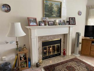 "Photo 5: 21911 126TH Avenue in Maple Ridge: North Maple Ridge House for sale in ""MOUNTAIN VIEW ESTATES"" : MLS®# R2557814"