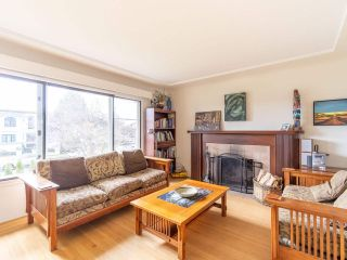 """Photo 2: 735 W 63RD Avenue in Vancouver: Marpole House for sale in """"MARPOLE"""" (Vancouver West)  : MLS®# R2547295"""